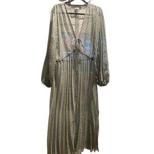 Beach dress or coverup